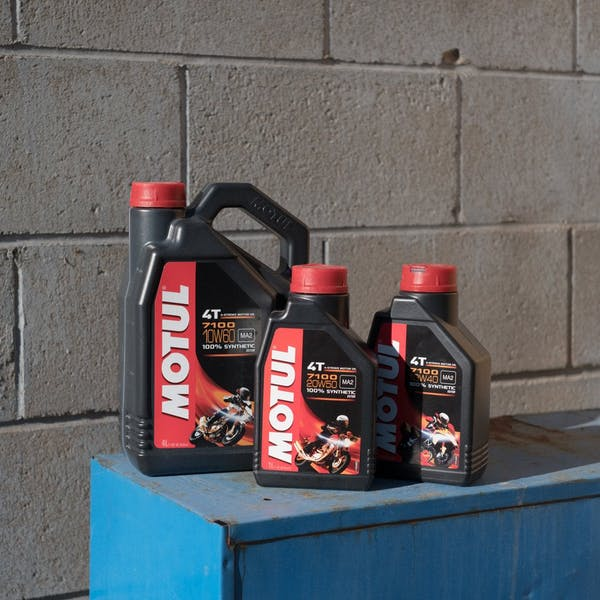 Motul 7100 Full Synthetic Oil