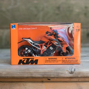 KTM 1290 Superduke R, 1:12 Diecast Toy