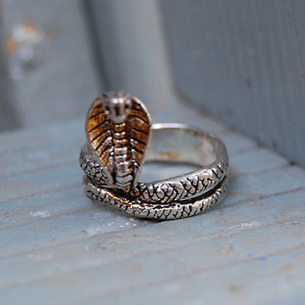 King Cobra Ring