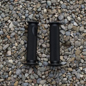 Motion Pro Roadcontrol Diamond Pattern Grips - 7/8""